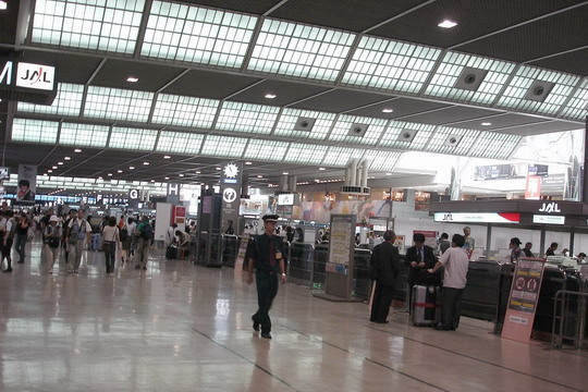 东京成田机场过年期间出入境人数创历史新高