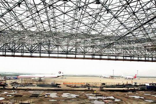 上海浦东国际机场东航航线机库钢结构屋架重约
