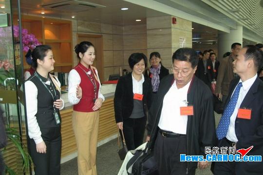 白云机场贵宾厅悉心保障喜送两会进京