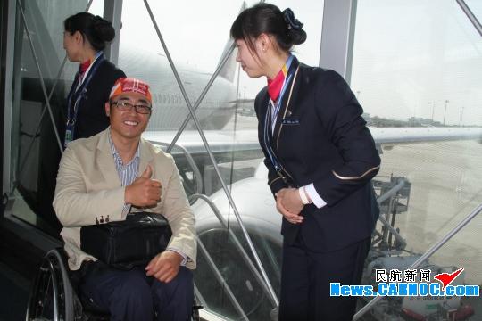 南航地服部36分钟保障58位轮椅旅客顺利下机