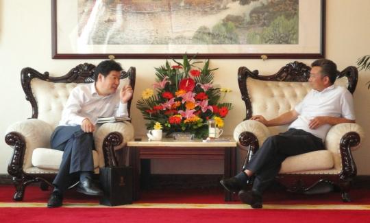 图片 东航四川总经理刘钢拜访双流县委书记高志坚
