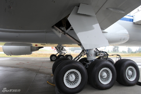 "3d飞机驾驶游戏_图片 大陆第一架波音777-300ER飞机""霸气""抵京_民航新闻_民航 ..."
