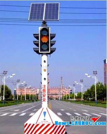 随着一些路口不断地调整红绿灯切换时间