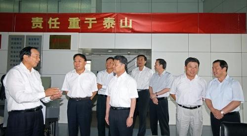 交通运输部党组书记杨传堂一行到民航局调研