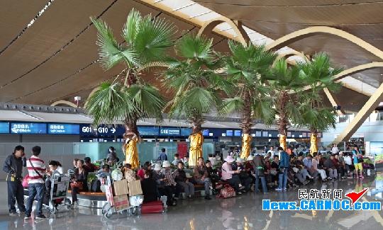 长水机场暑运发送旅客427.8万人次 增5.95%