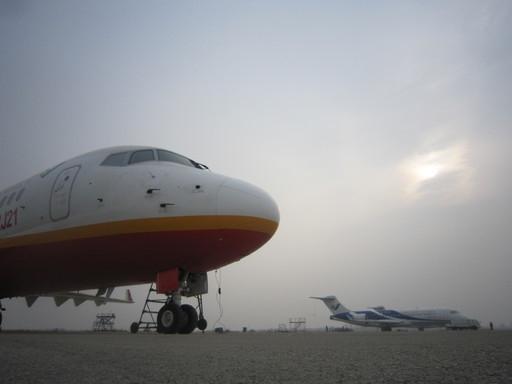 四架ARJ-21支线飞机同场试飞