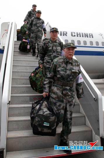 图片 国航投入波音737-800执行救灾包机运输任