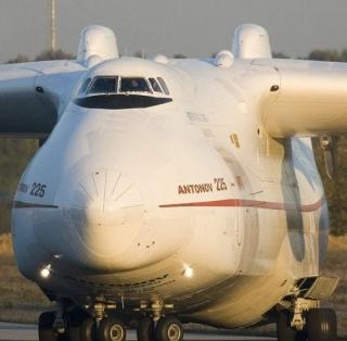探访世界最大飞机安-225 全球仅两架