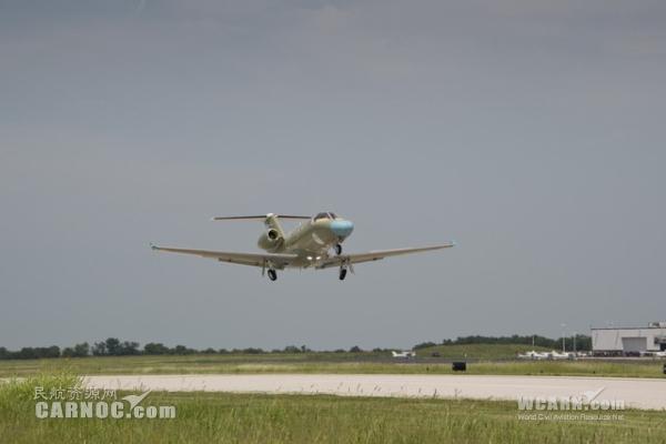 赛斯纳奖状M2公务机完成生产下线首飞