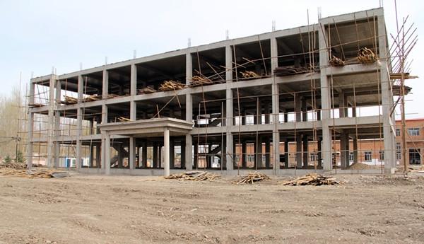 乌兰浩特机场新建职工倒班宿舍工程全面复工