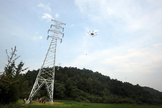 宁波电网建设用上无人机技术