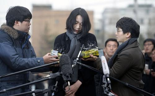 """""""坚果返航"""":大韩航空最长会被停止航运21天"""