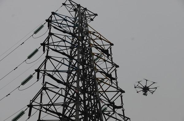 """""""无人机"""")在输电线路巡维和查找线路故障领域的应用"""
