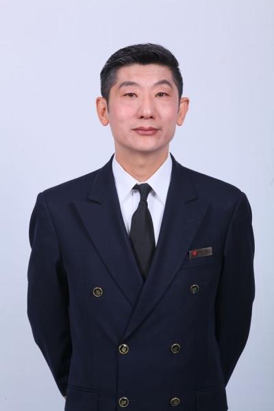 图:国航客舱服务部四部主任乘务长赵京春