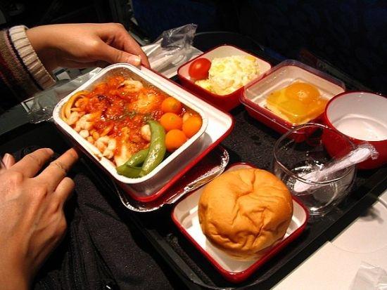 前空姐告诉你飞机餐的秘密