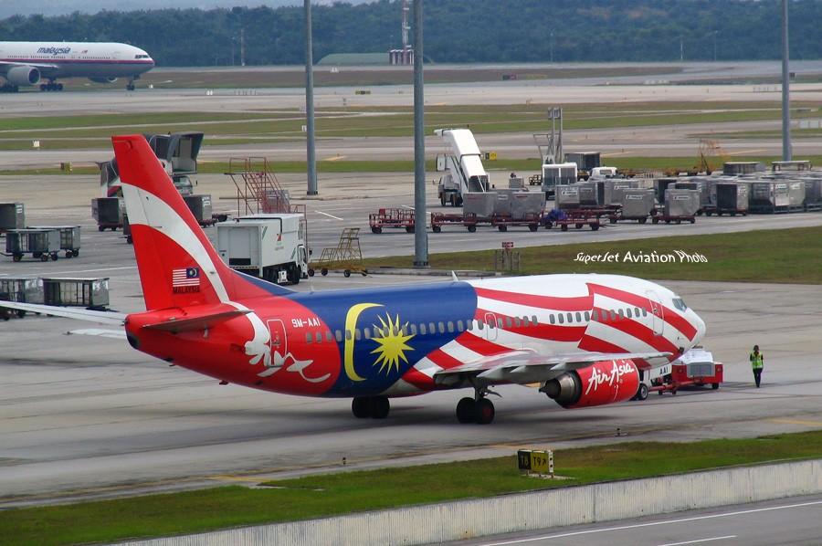Re:[原创]亞洲航空的八架彩繪機 BOEING 737-300 HS-AAI