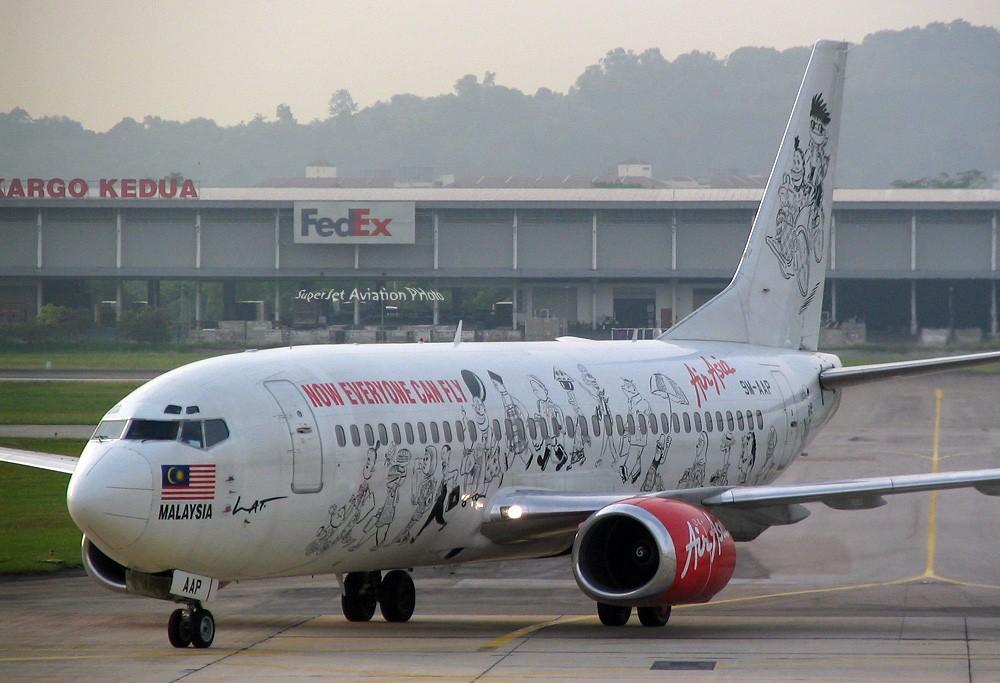 Re:[原创]亞洲航空的八架彩繪機 BOEING 737-300 9M-AAP