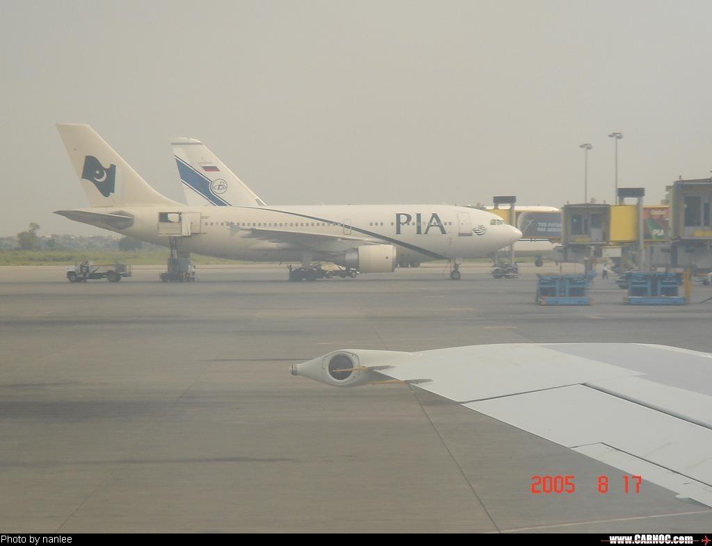 Re:[原创]我的飞行记录(拉合尔-伊斯兰堡-乌鲁木齐-北京)希望大家喜欢! BOEING 737-400