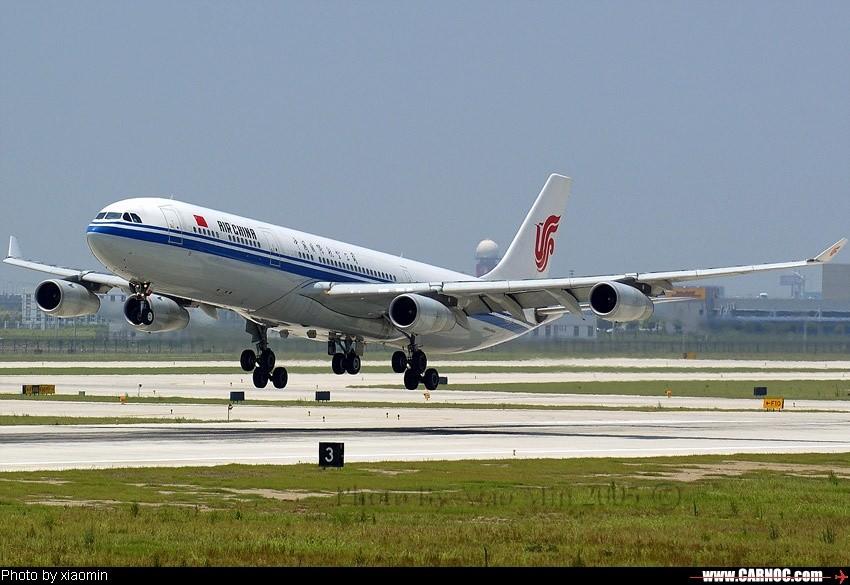 国航343 3号位 AIRBUS A340-300 B-2387