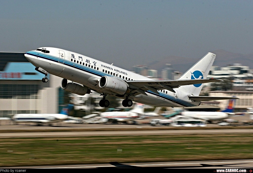 飞机的星形�yb�9�._re:[原创]坐着马车去拍了回飞机! boeing 737-700 b-2658