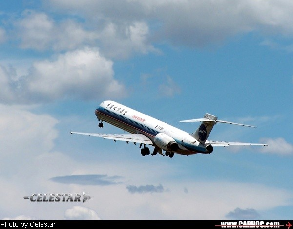 Re:[原创]► 2004 → 2006◄ 精挑细选 非十全十美 (30 P) MCDONNELL DOUGLAS MD-80-82