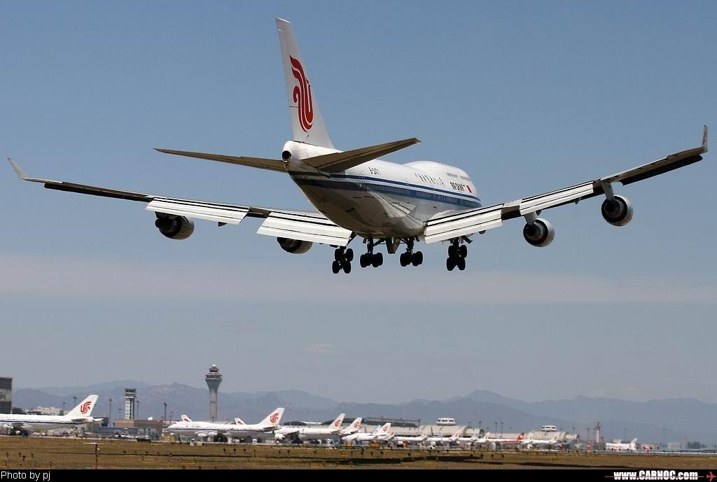 Re:[原创]ZBAA不愧于是国航的主场 BOEING 747-400 B-2471  中国北京首都机场