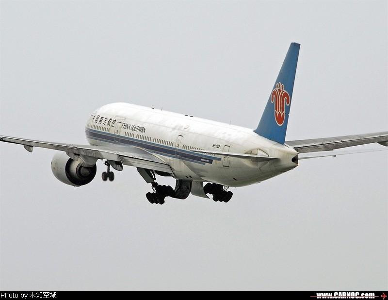 Re:[原创]CZ777雨天湿滑跑道起飞 BOEING 777-200 B-2053