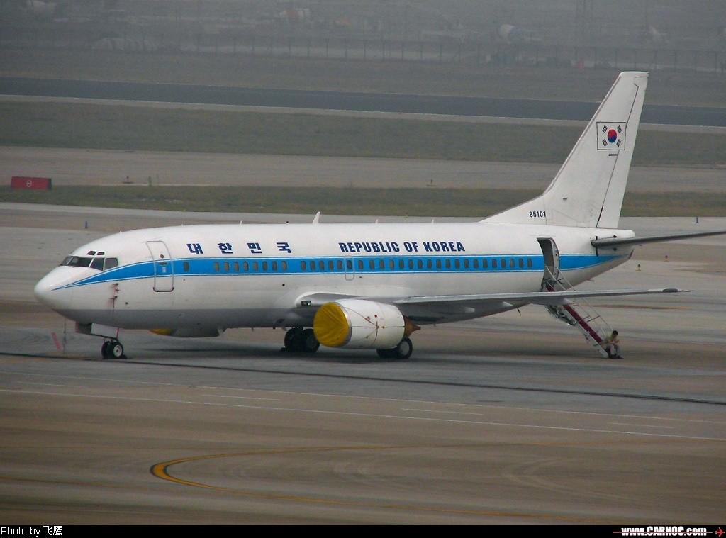 <\;<\;<\;<\;<\;韩国空军737---一号首脑座机~~~会发现非同一般的装置>\;>\;>\;>\;>\; BOEING 737-300 85101