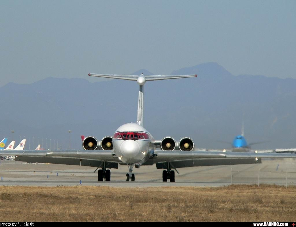 中国�9.��f��i)�il�)~K�_《多图》 ilyushin il-62 p-885 中国北京首都机场