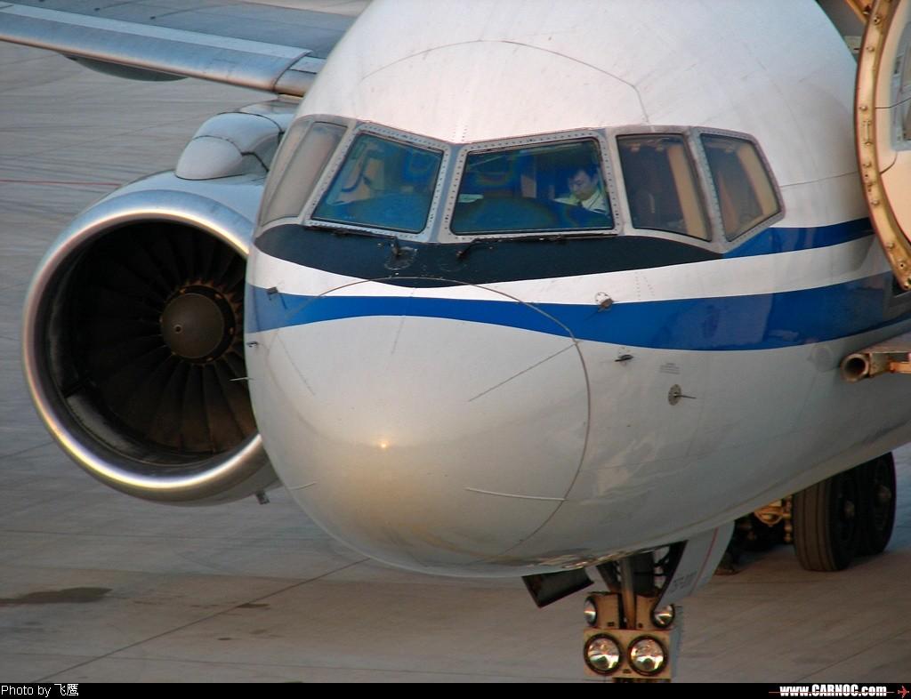Re:[原创]*****757特征-----苗条修长的身材,海豚式的小额头~~像个窈窕淑女,为何大家称之为<美男子> BOEING 757-200