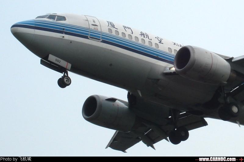 Re:[原创]各种各样的飞机, 小卡片机尝试新角度 BOEING 737-500 B-2592  中国成都双流机场
