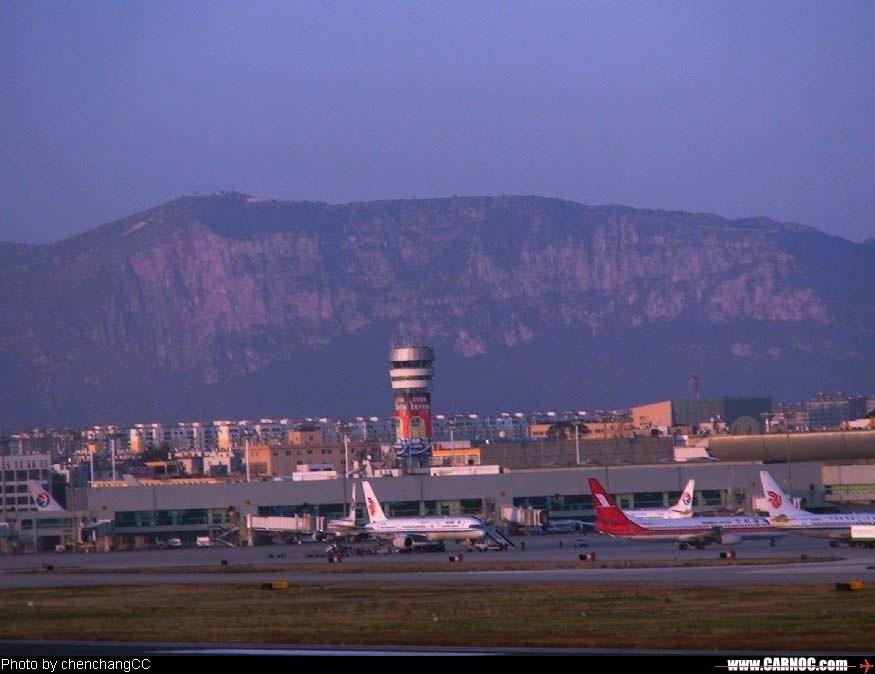 Re:[原创]昆明机场清晨作业(4)---黎明中的机场    中国昆明巫家坝机场