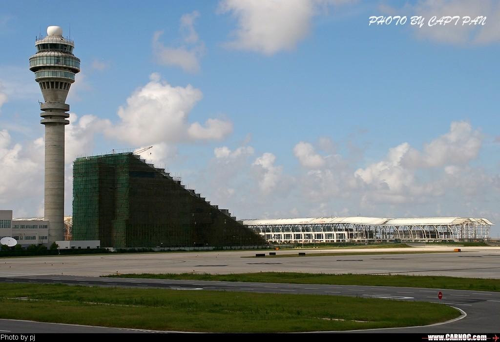 Re:[原创]浦东T2廊桥施工中    中国上海浦东机场