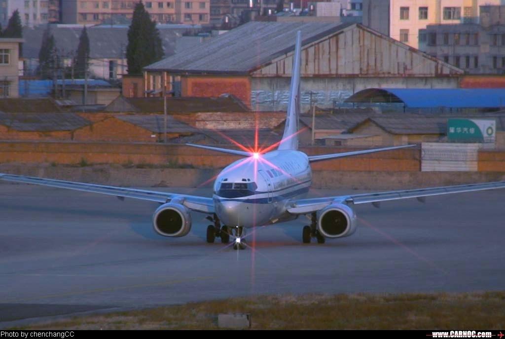 [原创]机头星光闪耀 BOEING 737-700