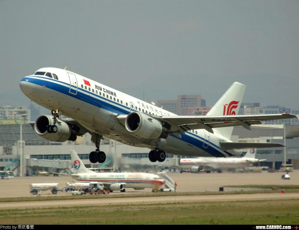 [原创]昆明结束连雨天,抓紧时间去打飞机! AIRBUS A320 B-2225