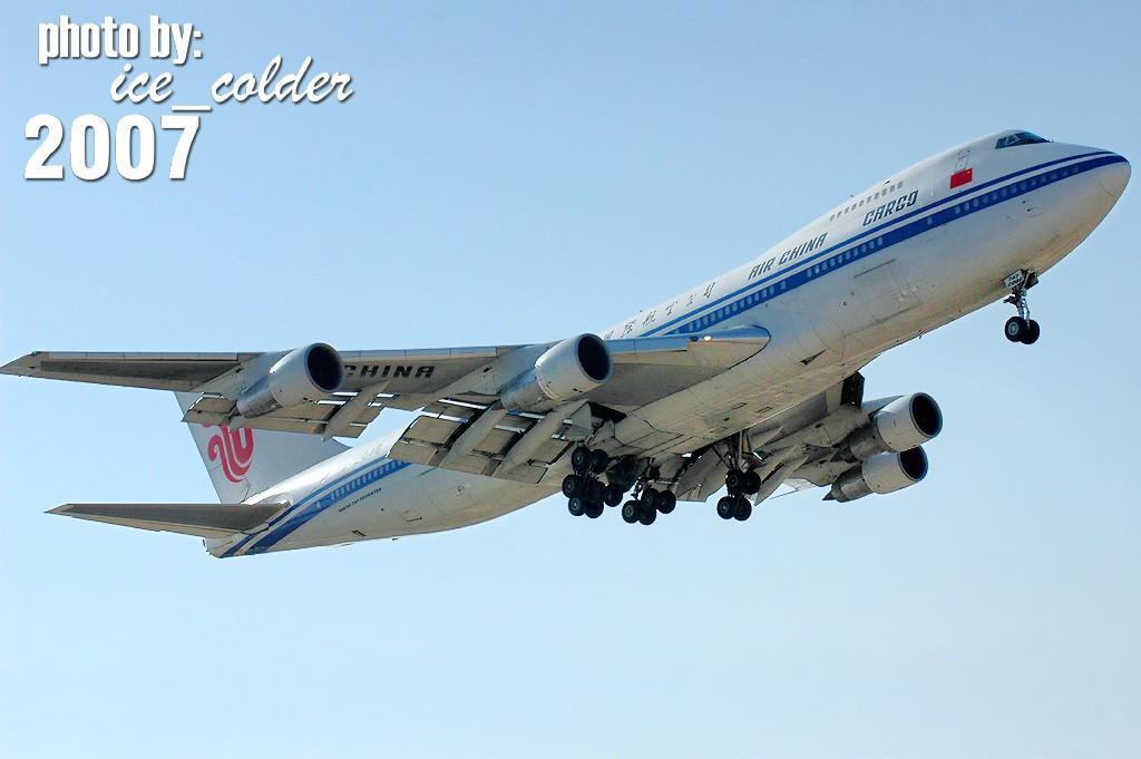Re:[原创]换了单反升了级,拍了747玩命发!不贺不行!……