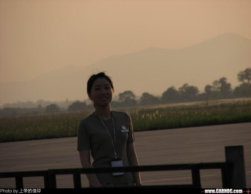 Re:[原创]夕阳下的韩亚MM     地面服务