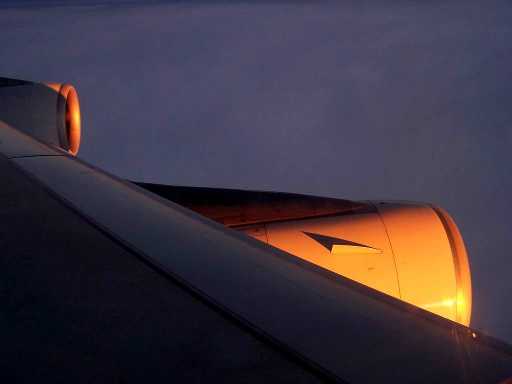 [原创]夕阳 AIRBUS A340-300