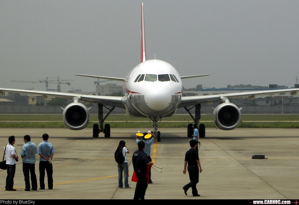 Re:[原创][CASG]欢迎3架空客319加盟川航<---正式帖,請貼完再回覆謝謝! AIRBUS A319 B-6175 CTU