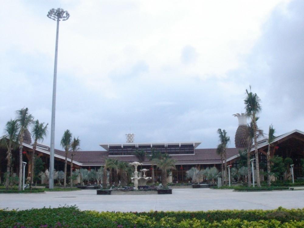 Re:[原创]机场的候机地带---航站楼—国内(欢迎大家跟帖)    中国三亚凤凰机场