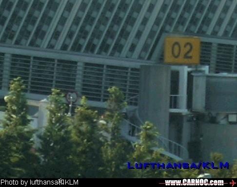 Re:[原创]机场的候机地带---航站楼—国内(欢迎大家跟帖)    中国上海浦东机场