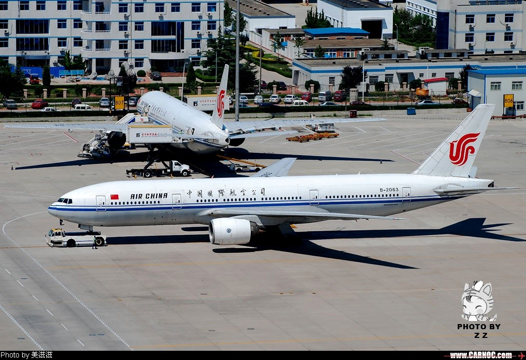 [原创]晒黑晒黑再晒黑,历时一个半月,终于爬到777了~~~~~~~~~~~~ BOEING 777-200 B-2063 中国北京首都机场