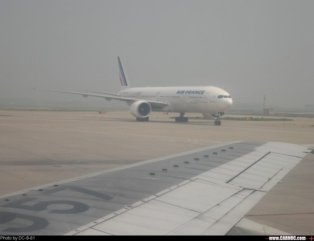 Re:[原创]一百天的努力现在升到777啦,祝贺祝贺自己(看贴者送一架,回贴者送二架) BOEING 777-300 F-GSQH 北京首都国际机场