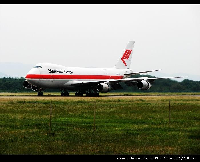 [原创]对你爱爱爱不完,地老天荒 BOEING747-200F PH-MCN 中国南京禄口机场