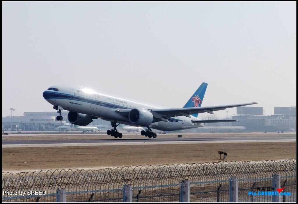 Re:大年初四拍抬头 777 B-2051 PEK