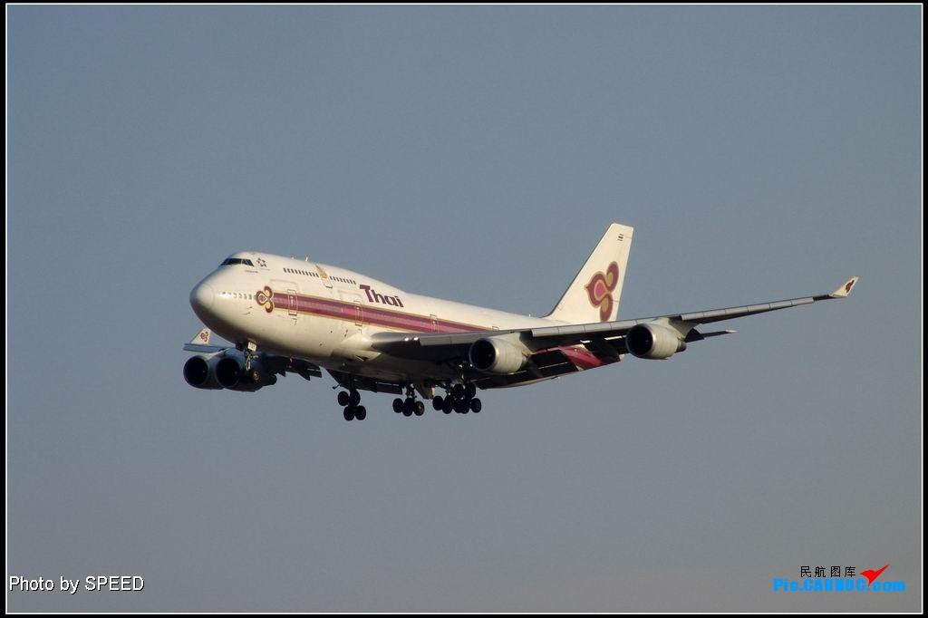 今日泰航在我拍摄完毕后刹爆轮胎. 747-400 HS-TGY PEK