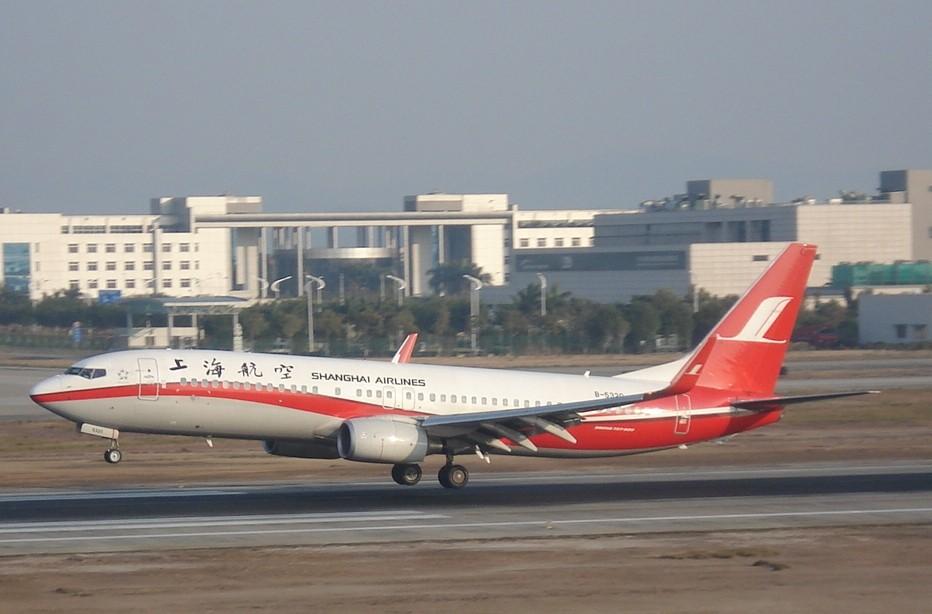 Re:[原创]各航空公司的小翼737  漏掉的请各位给补上 BOEING 737-800 B-5320 中国广州白云机场