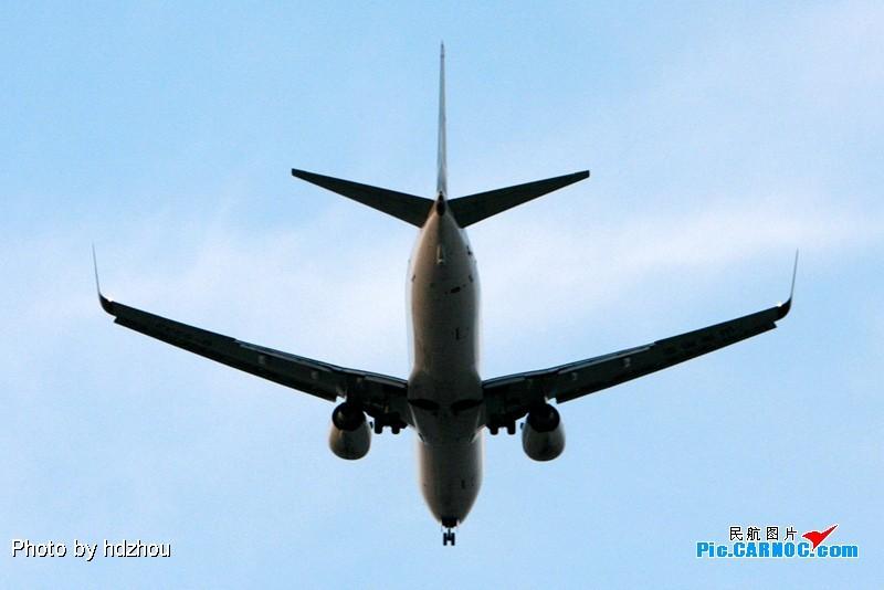 [原创]T3开始使用了.01开始落飞机了,我家也就成为了拍机神仙位了(图片质量差)!直播刚刚01落地的SC4653! BOEING 737-800 B-5332 中国北京首都机场