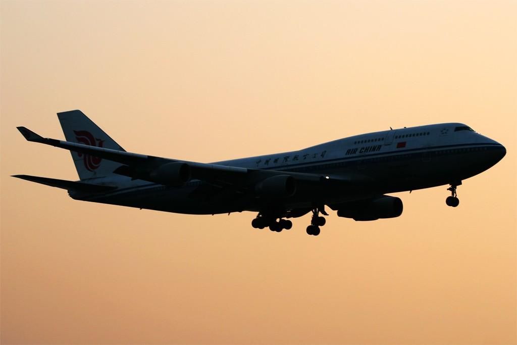[原创][深圳打机队]=====787了===== BOEING 747-400 B-2443 深圳宝安国际机场