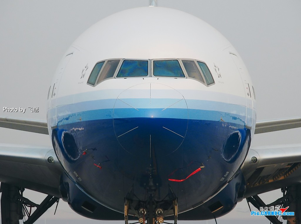 [原创]~O~ ~O~~O~ 圆大头 ~O~ ~O~ ~O~ BOEING 777-222 N768UA 中国北京首都机场